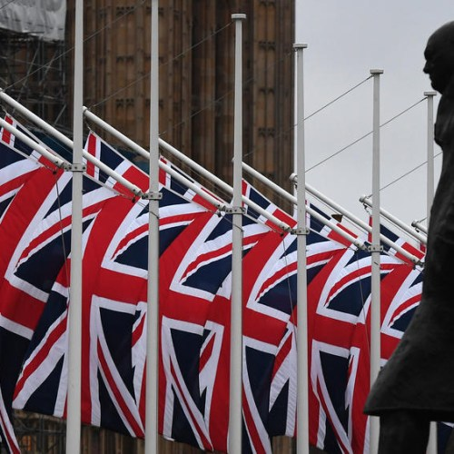 As Britain prepares to leave the EU, over 430,000 Romanians want to remain in the UK