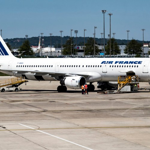 Body of child found in Air France plane landing gear