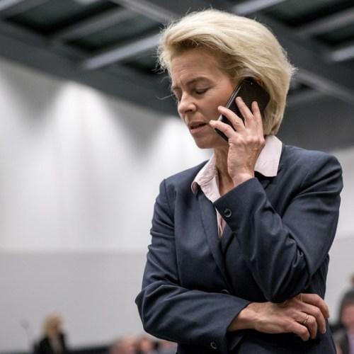New criticism for Von der Leyen over second phone