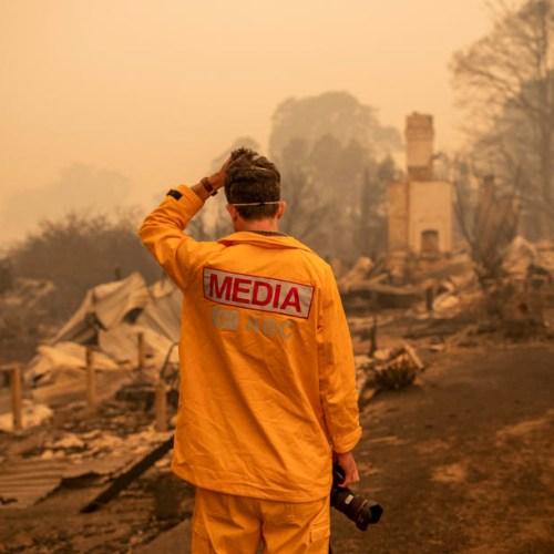 NSW declares week-long state of emergency because of bushfires