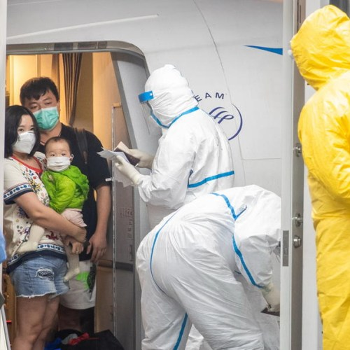 Coronavirus deaths rise sharply, US bars foreign nationals who visited China
