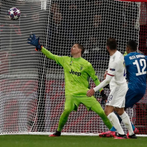 Tousart first half goal gives Lyon lead against Juventus in UEFA Champions League