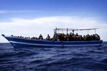 Fourmigrants, including children, drown in Greece after boat sinks