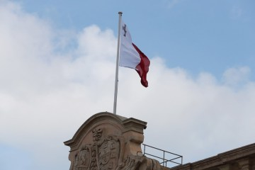 Unemployment hits 10,516 / Malta News Briefing – Thursday 24 June 2021