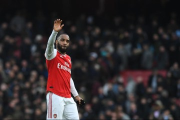 Arsenal say Odegaard clear for League Cup, Lacazette training again after COVID