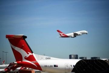 Qantas to step up international flying amid 'massive demand' from Australians