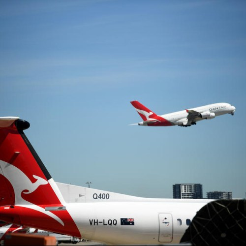 Qantas suspends all international flights due to coronavirus pandemic