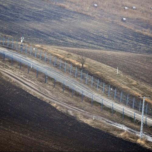 Balkan countries close border crossings to stop coronavirus
