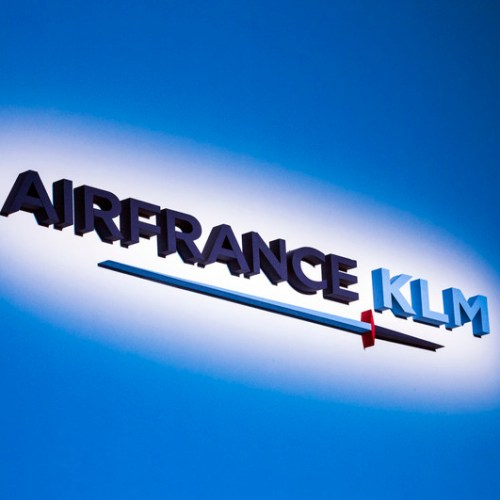 France to give 'massive' support to Air France-KLM