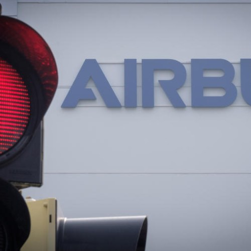 Airbus warns it may sue airlines over undelivered jets
