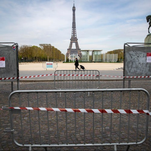 French economy officially in recession, worst performance since 1945