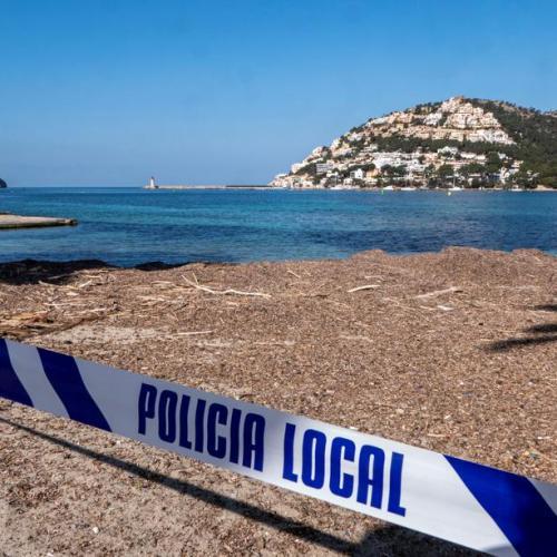 Spain tourist arrivals slump 76% in March, recovery still far off