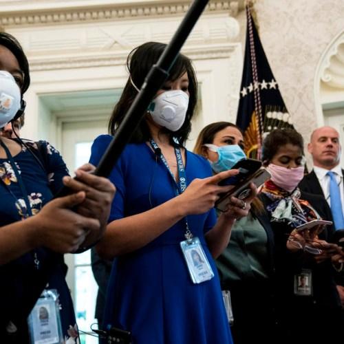 Coronavirus pandemic hits hard journalists' working conditions