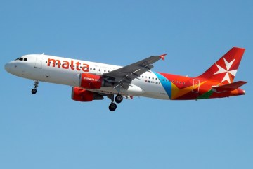 AirMalta received 15,000 booking cancellations in July / Malta News Briefing – Sunday 25 July 2021