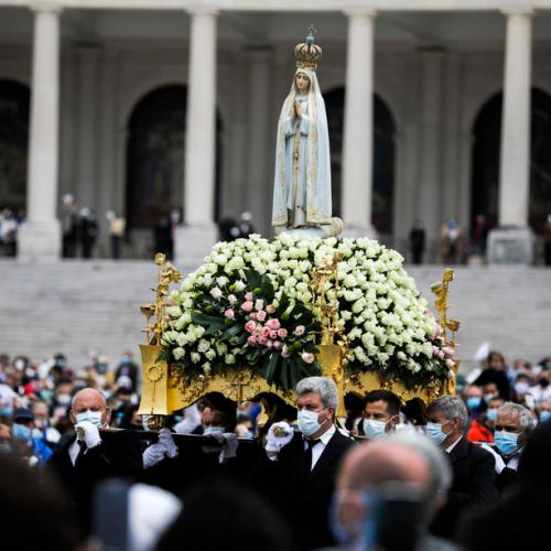 Photo Story: First pilgrimage of the year with pilgrims in Fatima