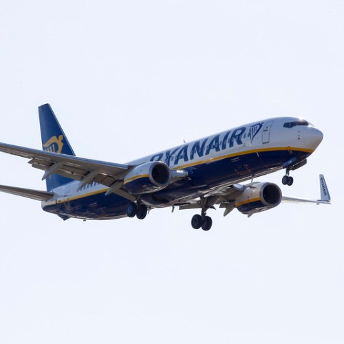 Ryanair posts first summer loss in decades; flags winter capacity cut