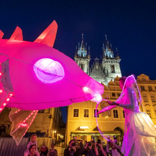 Photo Story: Light parade at Prague Street Theater Festival