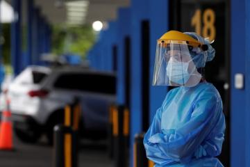 Panama extends suspension of international flights by a month due to coronavirus
