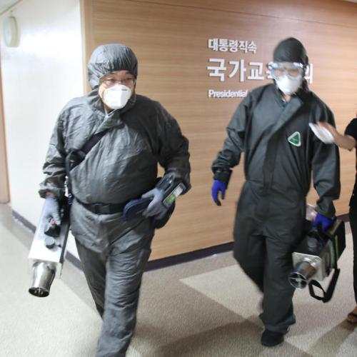 South Korea says daily coronavirus cases may top 100, driven by imported infections