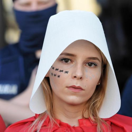Poland to quit treaty on violence against women