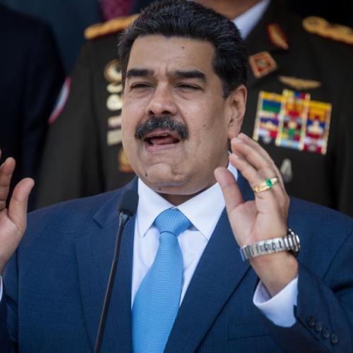 Maduro pardons opposition politicians