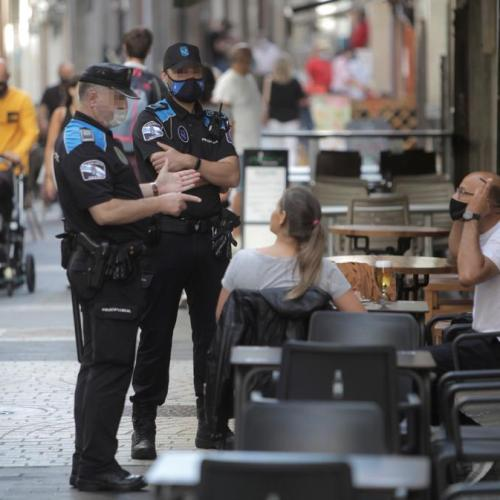 Public drinking banned, clubs closed in Spain due to coronavirus surge