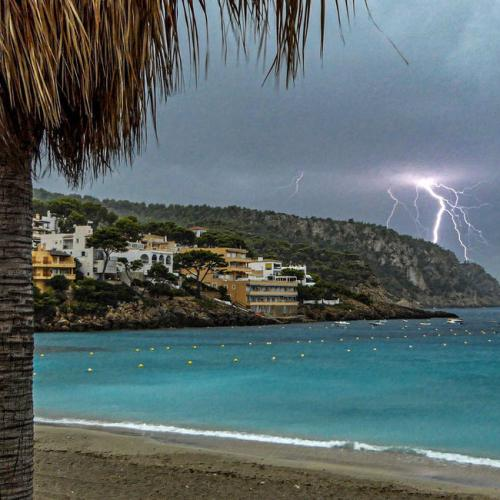 Photo Story: Storm warnings issued in Balearic Islands