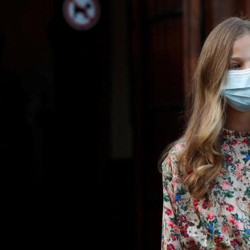 Daughter of King of Spain quarantined after classmate diagnosed with COVID-19