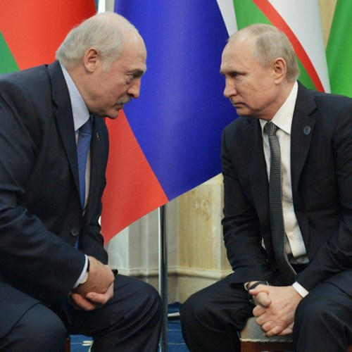 Putin throws $1.5 billion lifeline to embattled Belarus leader