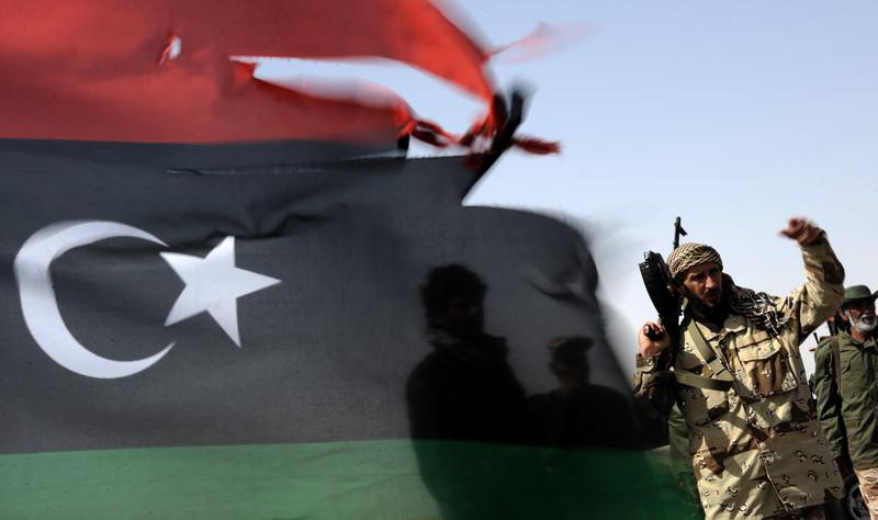 Protesters block Libya's Es Sider
