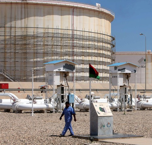 Libya's NOC lifts force majeure on oil, except where fighters remain
