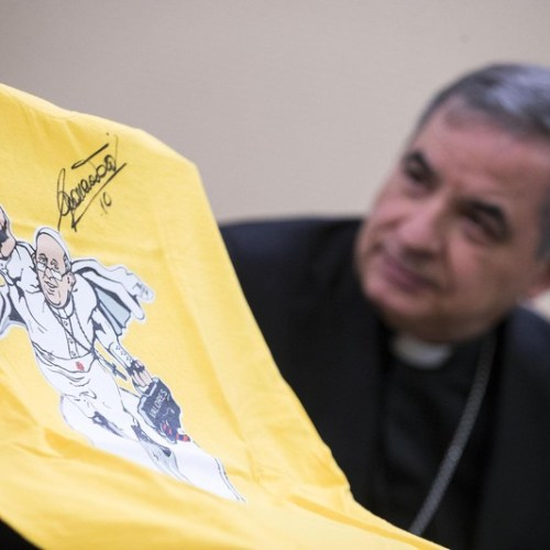 Fired cardinal Becciu denies wrongdoing – Pope lost trust in him