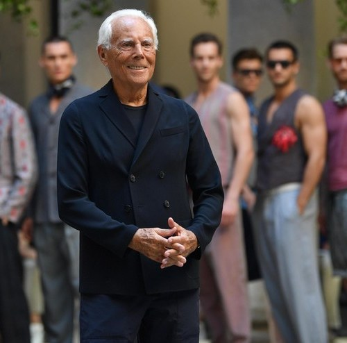 Armani to shift catwalk to prime-time TV