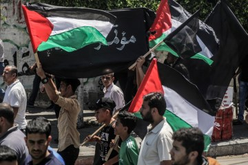 Palestinians protest against Arab normalisation ties with Israel