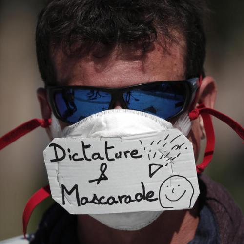 250 arrested as Gilets Jaunes protests return to Paris