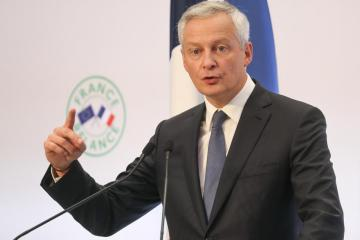 France's Le Maire sees French economy back to pre-COVID levels by H1 2022