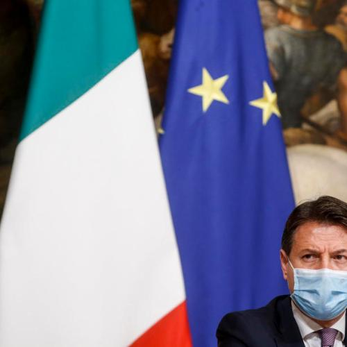 Italy approves stimulus package