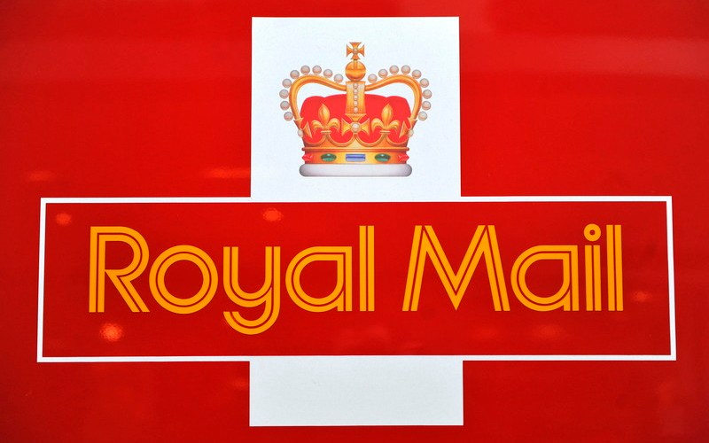 Royal Mail eyes UK PM's 800 mln stg home COVID-19 tests contract