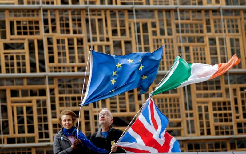 Britain, Ireland agree to work together to smooth post-Brexit trade