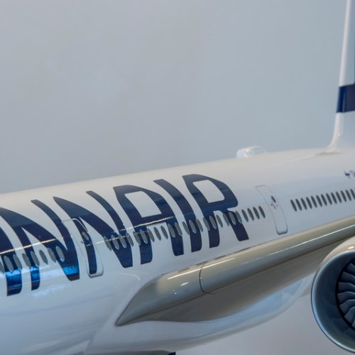 Finnair to start selling plane food in supermarkets