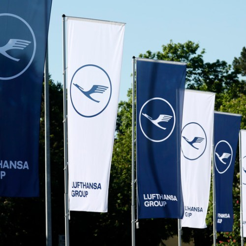 Lufthansa's Swiss unit plans 1,000 job cuts over two years
