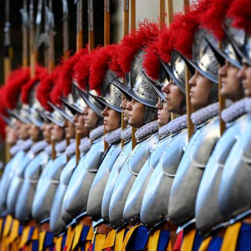Three Vatican Swiss Guards resign after COVID-19 vaccination request