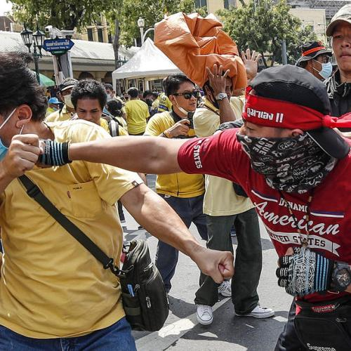 Photo Story: Scuffles during anti-government protest in Bangkok