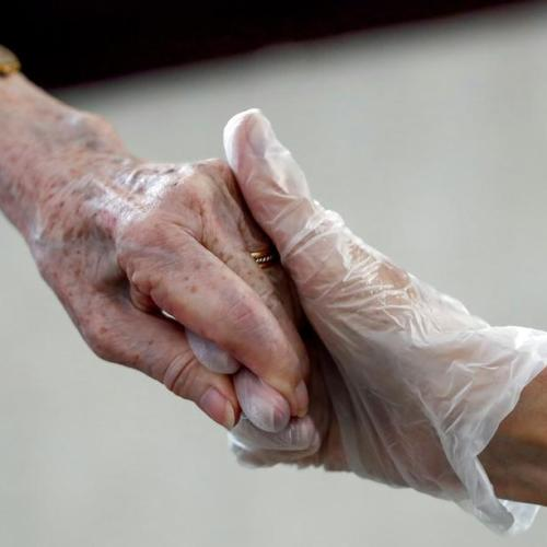 Sweden lifts pandemic ban on nursing home visits
