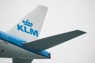 KLM to resume most routes this year as vaccine rollouts boost travel