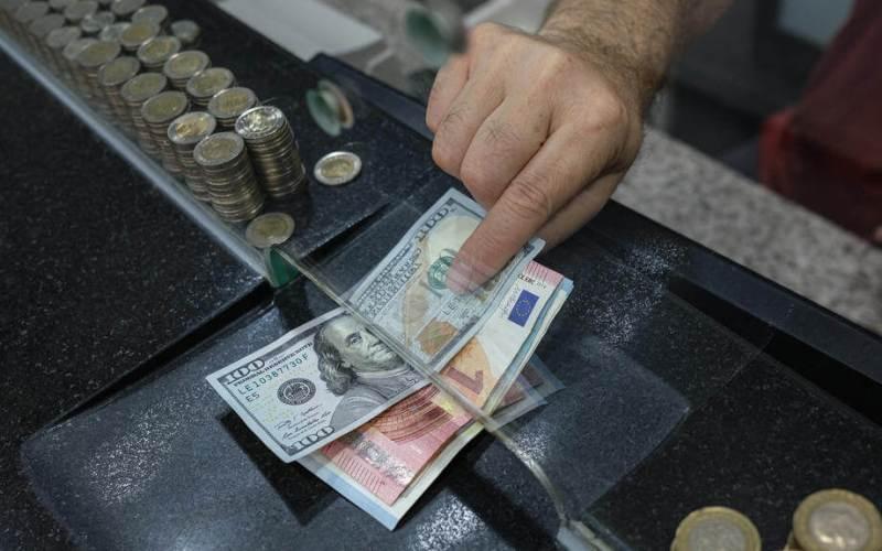 Turkish lira hits weekly low on EU sanctions risk