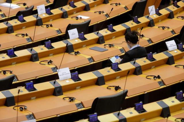 MEP report on digital services approved