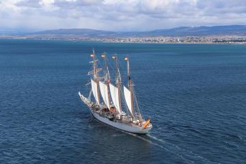 Photo Story:  Spanish training ship Elcano in Chile to celebrate 500 years of the passage through Magellan