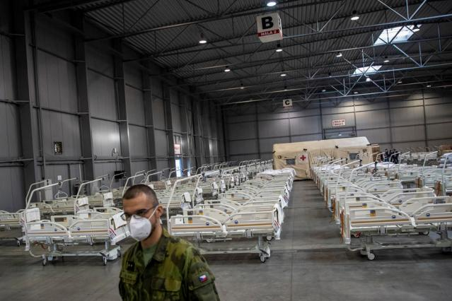 Czech officials call for help as deaths double in two weeks