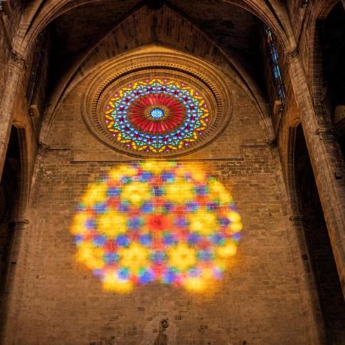 Photo Story: Lighting phenomenon in the Cathedral of Palma de Mallorca